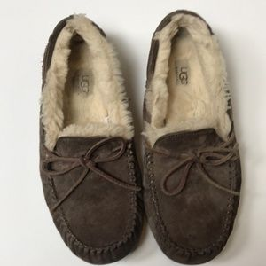 Ugg  Womens Mocassin Slippers